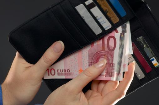 Snel 300 euro op je rekening met een snelle lening Belgie